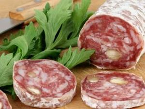 Picture of Saucisson with Hazelnuts