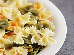 Picture of Farfalle Tricolore