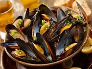 Picture of Whole Mussels (shells on)