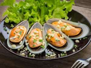 Picture of Mussels (half shell)