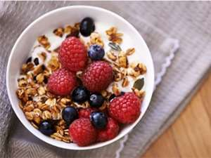 Picture of Muesli Toasted Full of Fruit